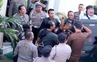 Ahmad Dhani Tak Percaya Hasil Quick Count  Jokowi Menang