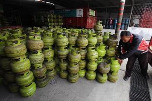 Riau Konsumsi 138 Ribu Tabung Elpiji 3 Kg Sehari