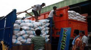 Riau Antisipasi Pasokan Sembako Jelang Ramadan