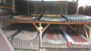 Gudangnya Tempat Jual dan Beli Seng Bekas di Pekanbaru