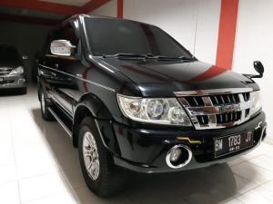 Jual Mobil Isuzu Panther Touring Tahun 2012 di Pekanbaru